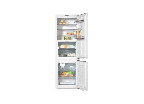 integrated fridge freezer combination with perfectfresh pro zone and plumbed in maker w 600